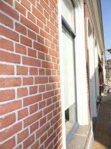 Gevelrestauratie in Tilburg - Knipvoeg / Snijvoeg met hydraulische kalkmortel