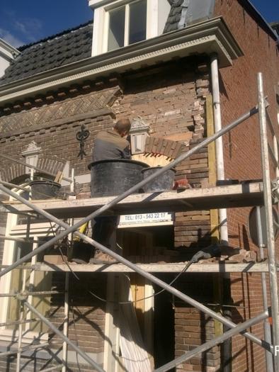 Gevelrenovatie Hasseltstraat Tilburg - Gevelreiniging, scheurherstel en knipvoeg